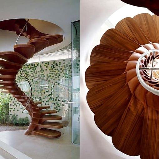 R311.7.10.1 Spiral stairways